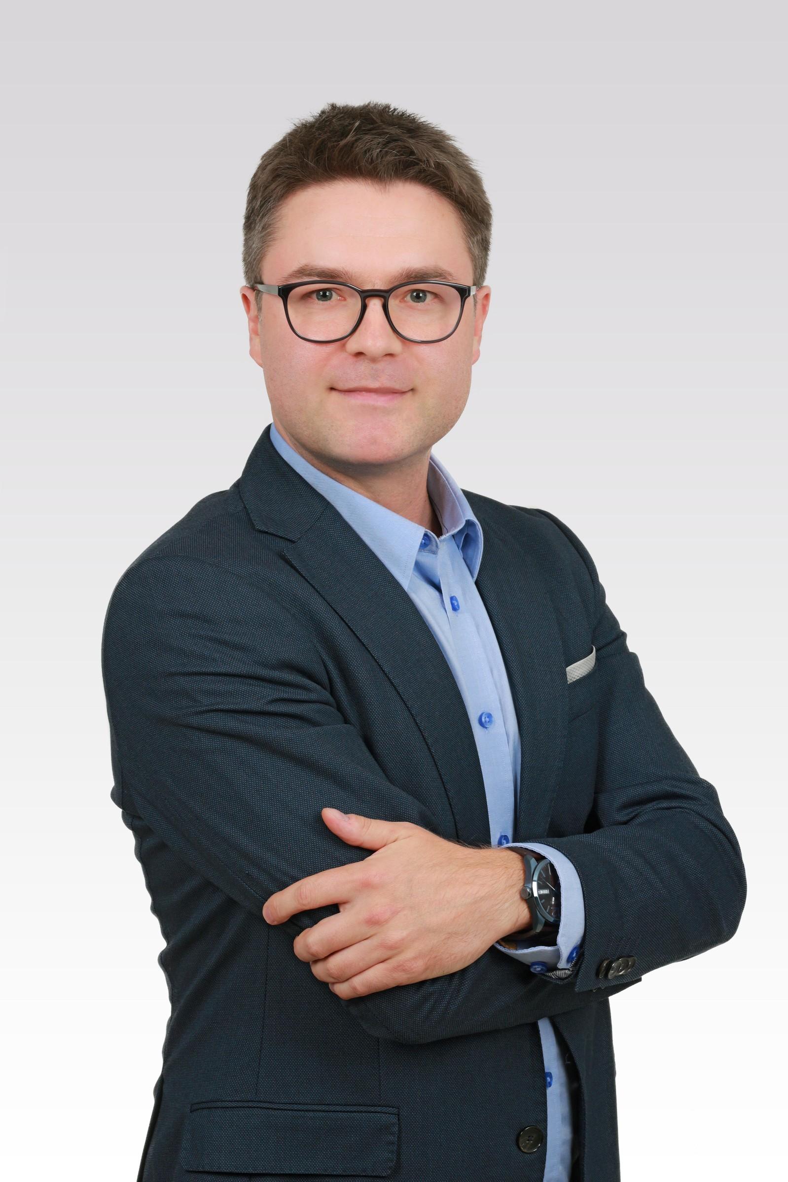 Maciej Gawryluk - ASTONS Nieruchomości